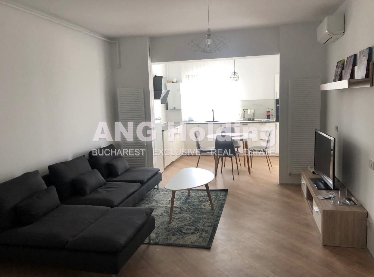 3 CAMERE MOBILAT LUX 4 CITY PIPERA